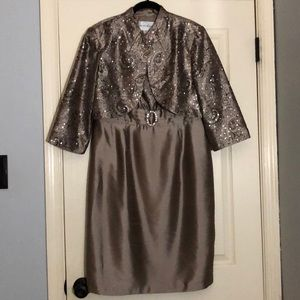 Champagne dress with a jacket